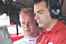 IndyCar Rosenqvist cumple con un test