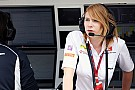 Mi trabajo en Fórmula 1... encargada de la estrategia de un equipo