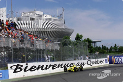 Heinz-Harald Frentzen getting close to the intimidating 'Quebec wall'