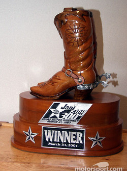 JaniKing 300 Trophy