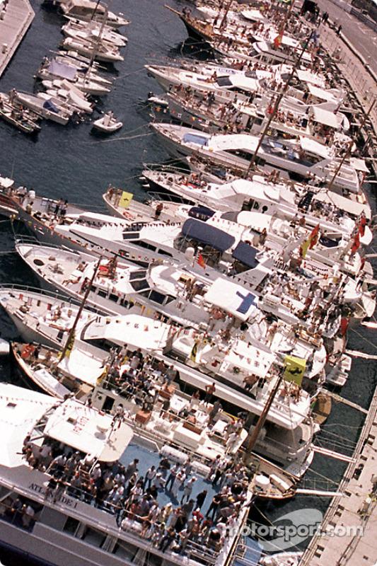 Sweet Monaco life: the port