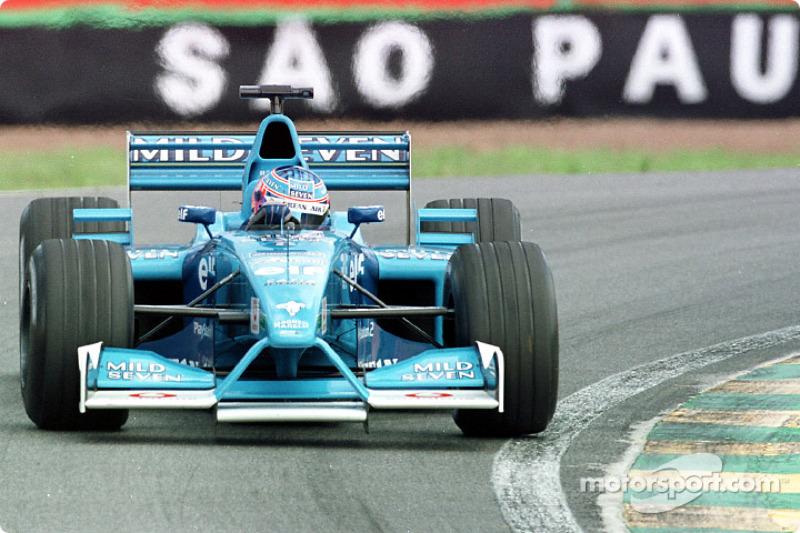 Em 2001, o piloto inglês se mudou para a Benetton