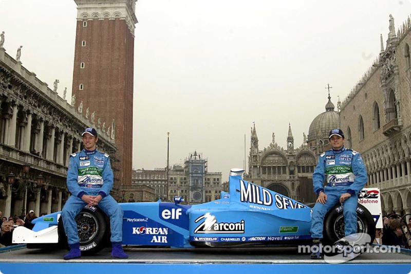 Jenson Button et Giancarlo Fisichella lors de la présentation à Venise