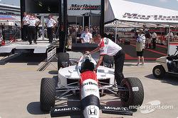 Le Marlboro Team Penske remballe