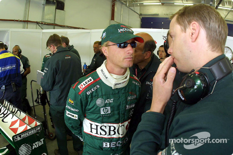 Eddie Irvine discussing