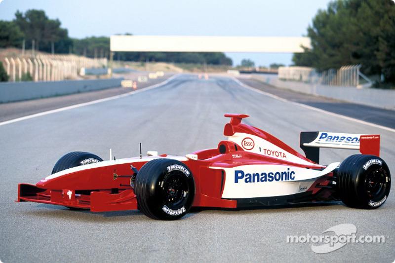 2001: Toyota