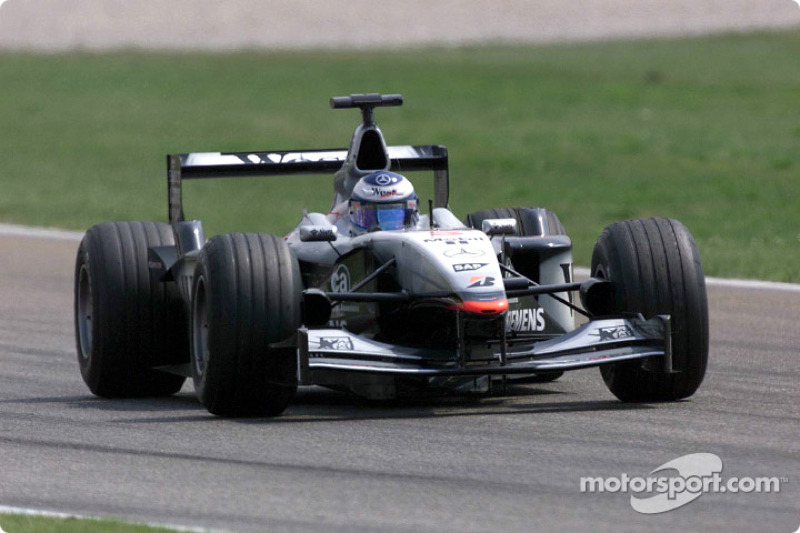 Mika Hakkinen, McLaren MP4-16