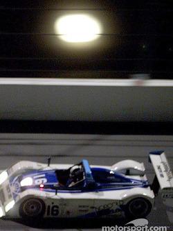 Dyson Racing Ford R&S n°16 sous la lune de Daytona, en route pour la victoire dans la finale de la saison Grand-Am