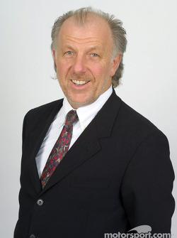 El director de equipo, David Richards