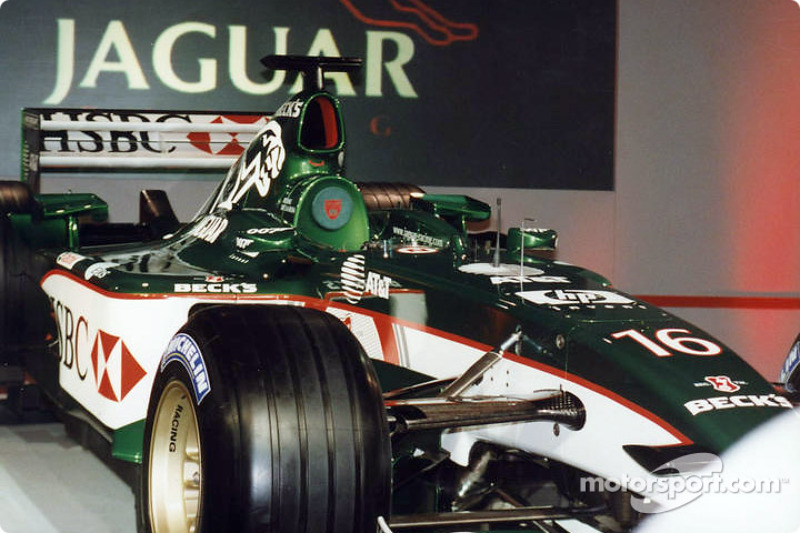 The new Jaguar R3