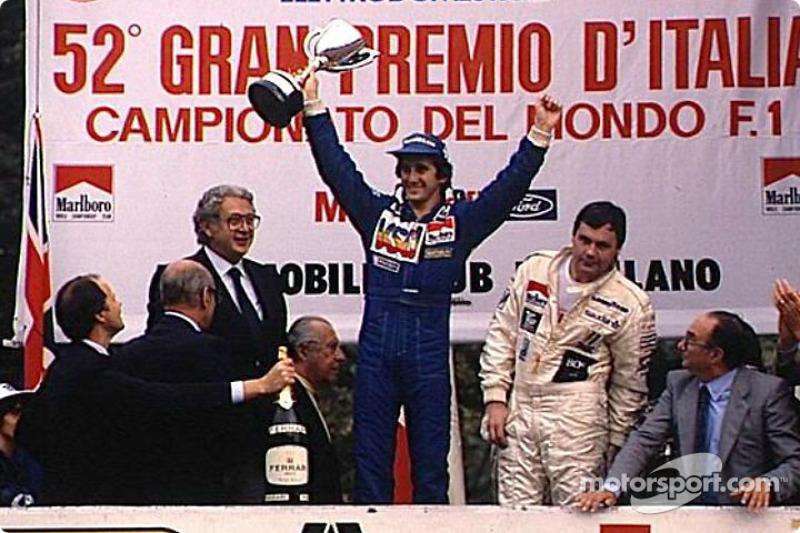 Los ganadores Alain Prost y Alan Jones