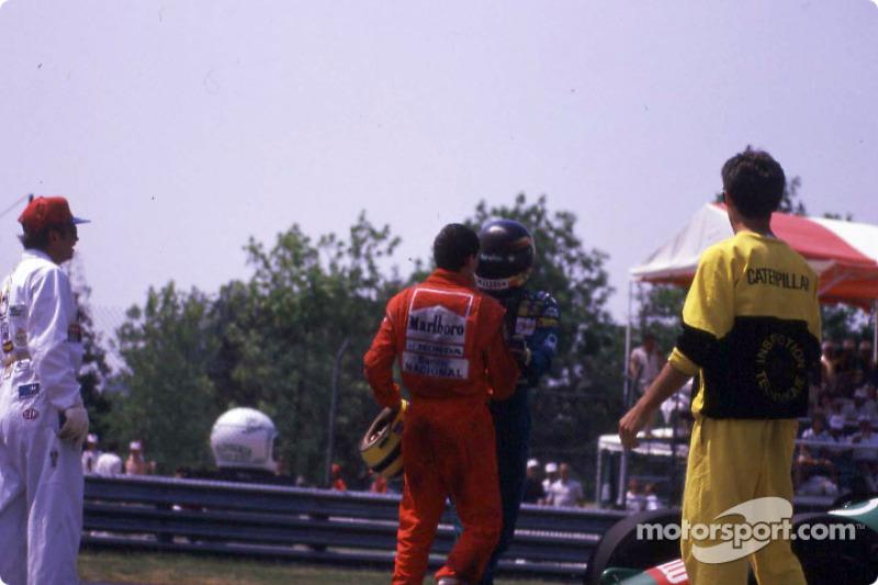 Después de la carrera: Ayrton Senna y Thierry Boutsen