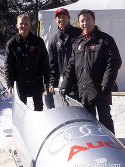 Los pilotos de trabajo de Audi Johnny Herbert, Rinaldo Capello y Christian Pescatori se atrevieron a
