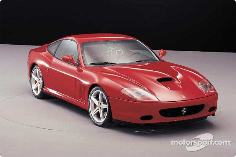 La nouvelle Ferrari 575 Maranello était aussi présentée à l'occasion du lancement de la F2002