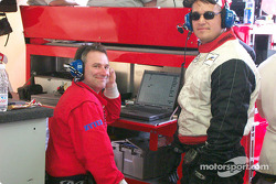 Derrick Peacock et Chip Lewis (Elan Power Products)