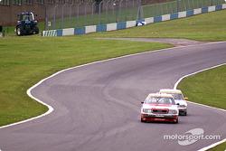 A4 supertouring leading V8 DTM