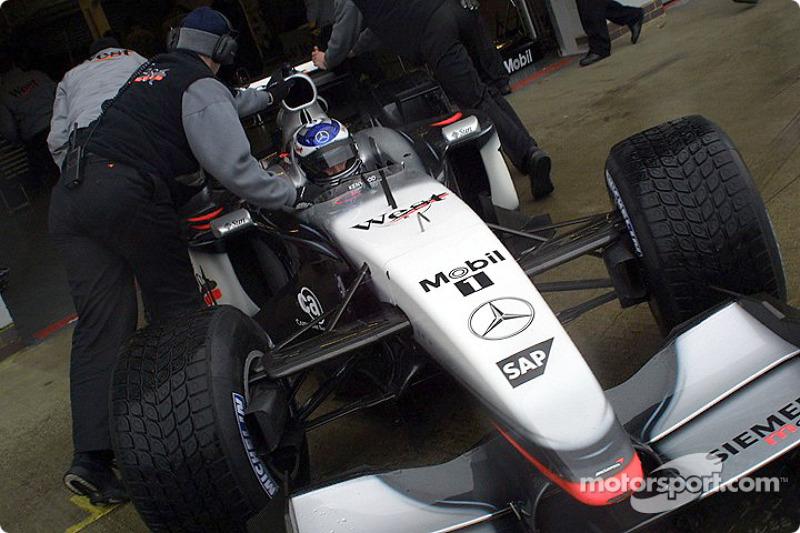 Kimi Räikkönen dans les stands