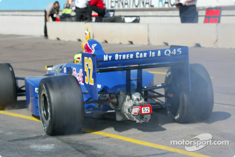 Tomas Scheckter in the morning session