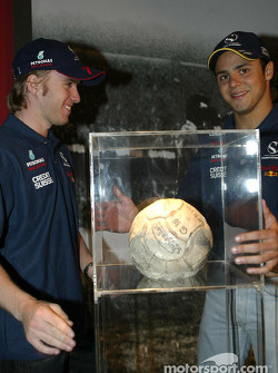 Visit at Pelé Exhibition in Sao Paulo: Nick Heidfeld and Felipe Massa