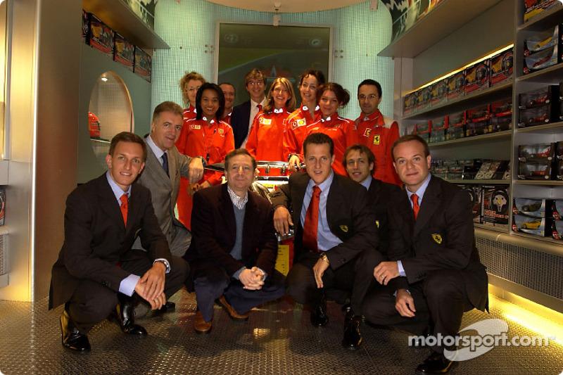 Apertura oficial de la Ferrari Store, Maranello: Luciano Burti, Piero Lardi Ferrari, Jean Todt, Mich