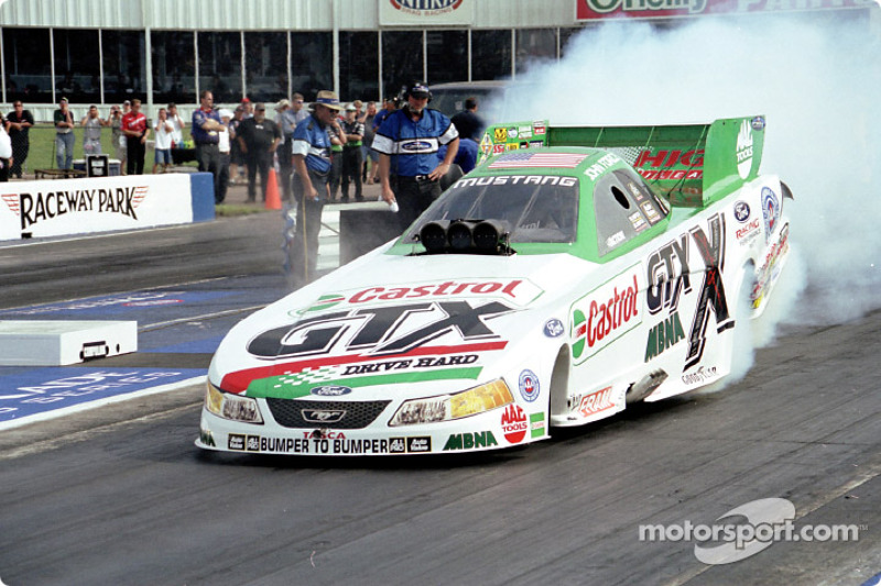 John Force en route pour sa 100e victoire en Funny Car