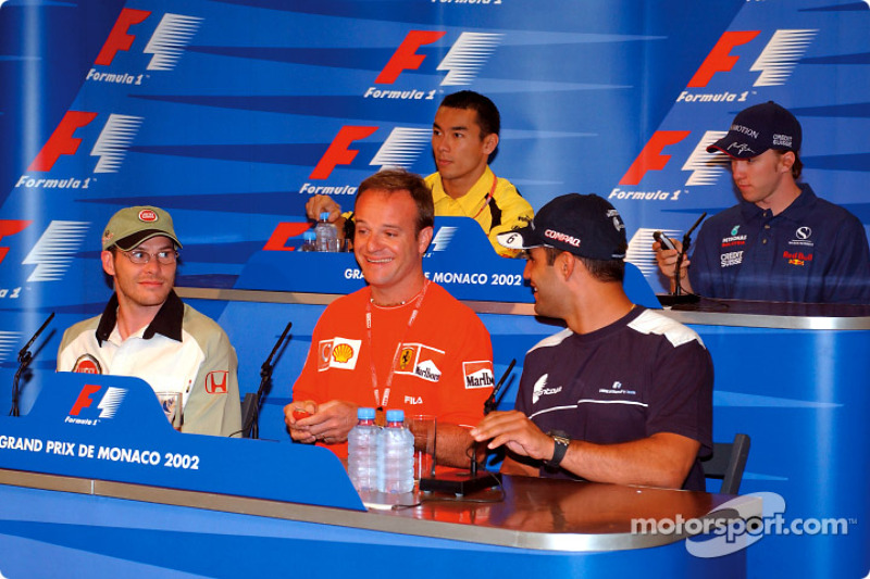 Conferencia de prensa del miércoles: Jacques Villeneuve, Rubens Barrichello y Juan Pablo Montoya al frente, Takuma Sato y Nick Heidfeld al fondo