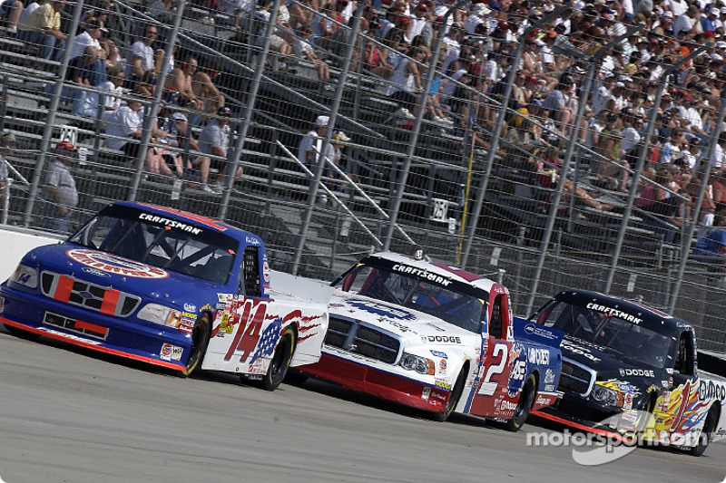Rick Crawford battles with Jason Leffler and Ted Musgrave