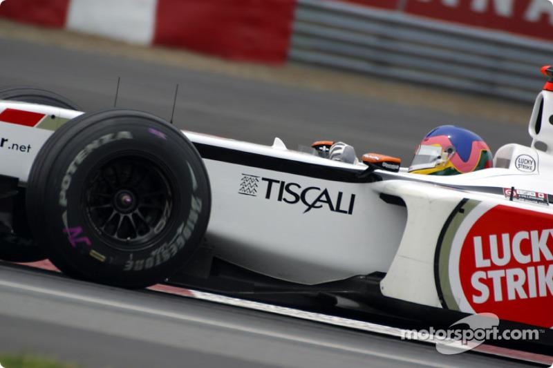 Lección de como tomar una curva con Jacques Villeneuve en la curva Senna: parte 4