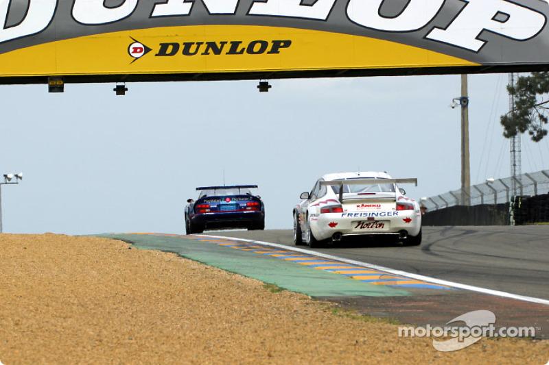 Second lap action