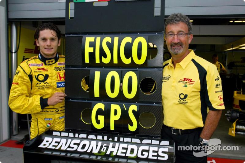 Giancarlo Fisichella celebrating his 100th Grand Prix in career and Eddie Jordan