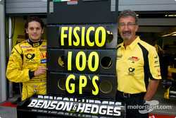 Giancarlo Fisichella celebrating his 100th Grand Prix in career and Eddie Jordan
