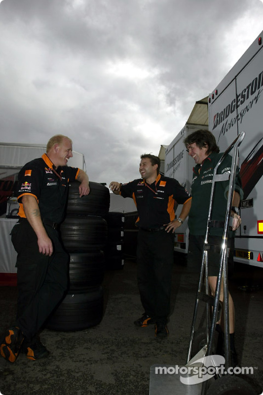 Arrows crew members looking for a job