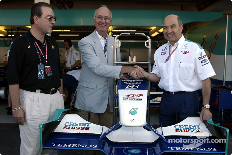 Peter Sauber with guests