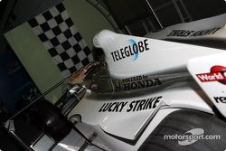 Bezoek aan Gilles Villeneuve Museum: Jacques Villeneuve BAR 002