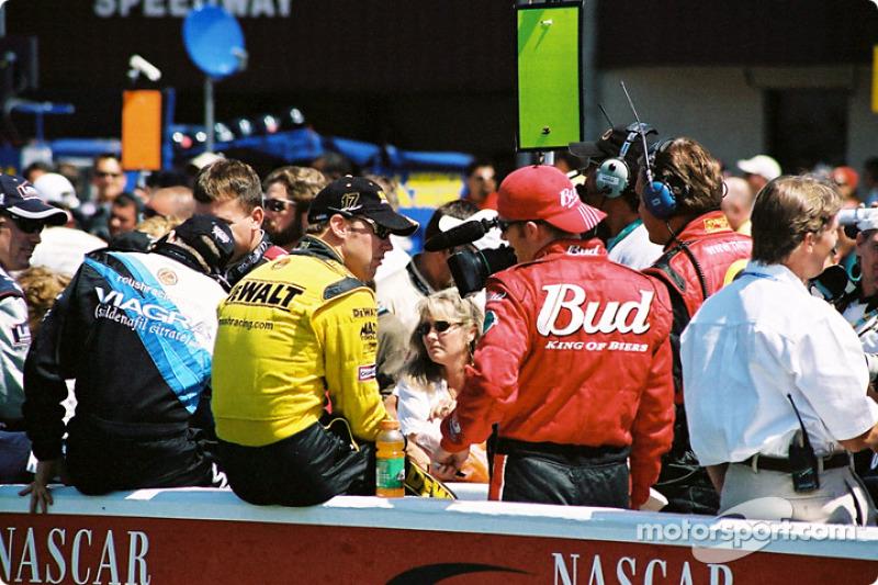 Mark Martin, Matt Kenseth y Dale Earnhardt Jr.