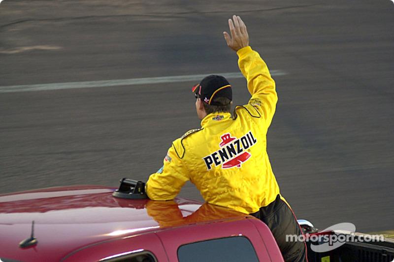 Steve Park waves to fans