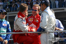 Drivers' parade: Allan McNish, Rubens Barrichello and Juan Pablo Montoya