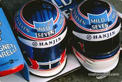 Cascos de Jenson Button y Jarno Trulli