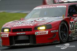 #23 Nissan Skyline GT-R, Masmi Kageyama, Erik Comas