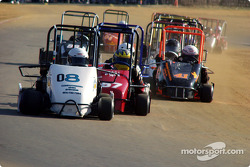 #08-Troy Martin leads #57-Shane James and #42-Josh Tapscott and #04-Mark Pick in Briggs Senior Champ