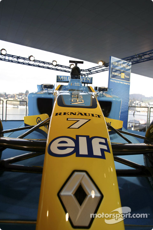 The new Renault F1 R23