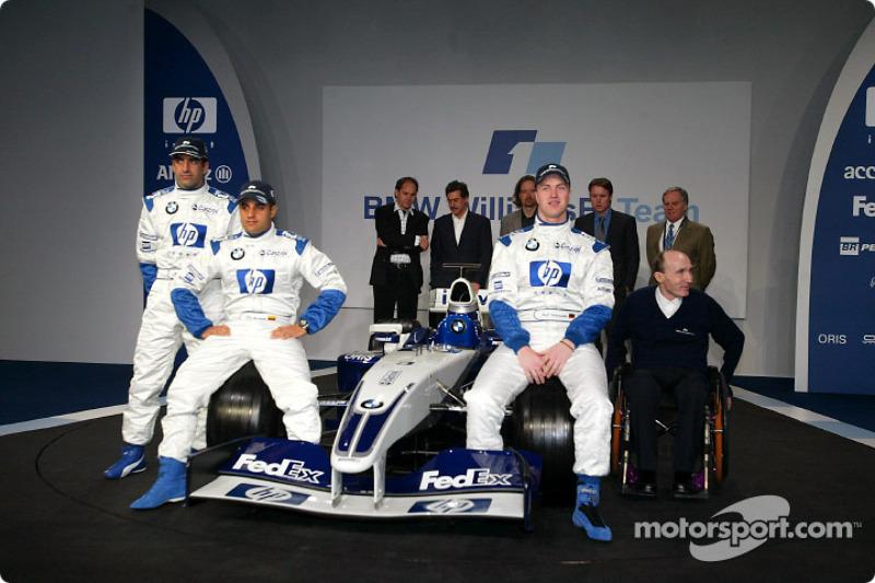 Test driver Marc Gene, Ralf Schumacher, Juan Pablo Montoya, Frank Williams and the new BMW Williams