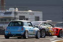 #47 TF Racing Saleen SR: John Kohler, Gary Smith and #20 Nuzzo Motorsports Mini Cooper S: Tony Nuzzo, Shane Lewis