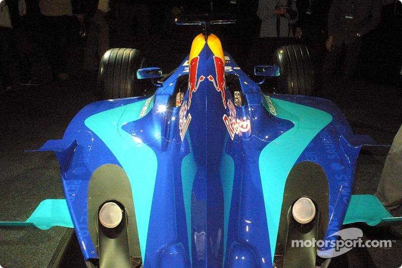 Engine cover of the new Sauber Petronas C22