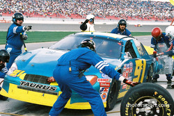 Pitstop for Eddy McKean