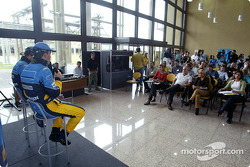 Visit of the Ayrton Senna Renault Factory in Curitiba: press conference with Fernando Alonso and Jarno Trulli