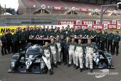 The Bentley drivers and Team Bentley: Johnny Herbert, David Brabham, Mark Blundell, Tom Kristensen, Rinaldo Capello and Guy Smith