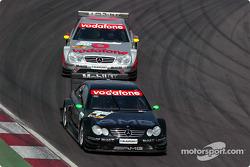 Marcel Fässler, Team HWA, AMG-Mercedes CLK-DTM 2003; Bernd Schneider, Team HWA, AMG-Mercedes CLK-DTM 2003