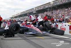 Pitstop competition: Kenny Brack and Scott Sharp