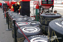 Scott Sharp's tires ready